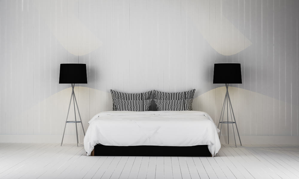 Latex hybrid mattress and minimalist bedroom